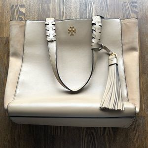 TORY BURCH TAN LEATHER BROOKE WITH TASSEL TOTE BAG